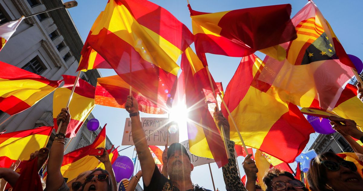 Spain: Lakhs protest in Barcelona against Catalonia independence