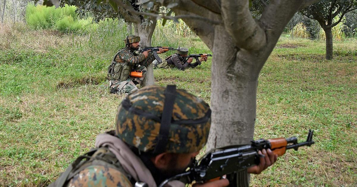 Jammu and Kashmir: Two Air Force officials and two militants killed in Bandipora encounter