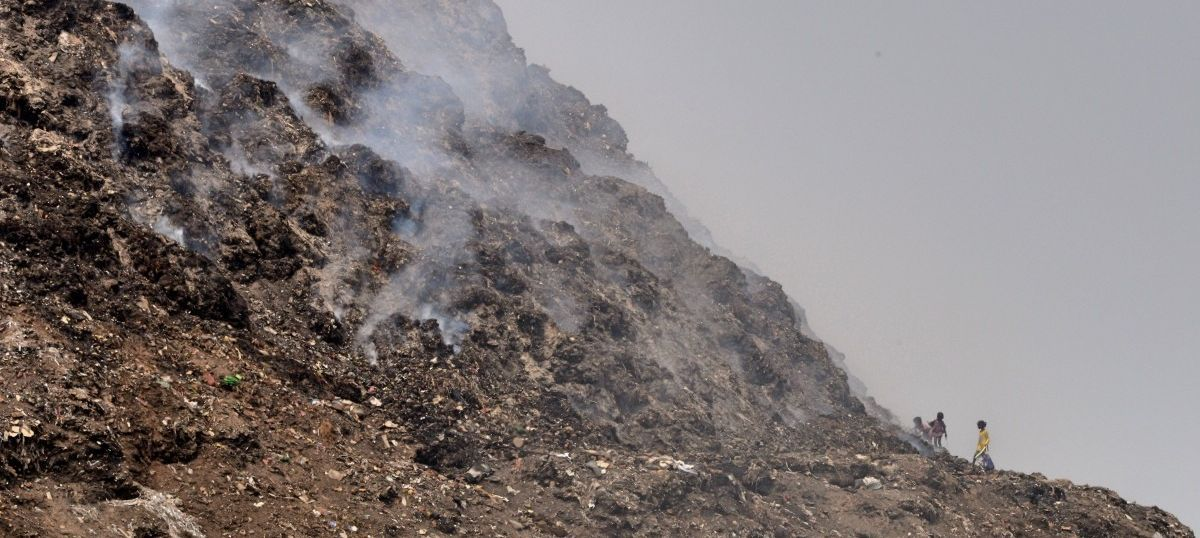 Fire breaks out at Delhi's Ghazipur landfill