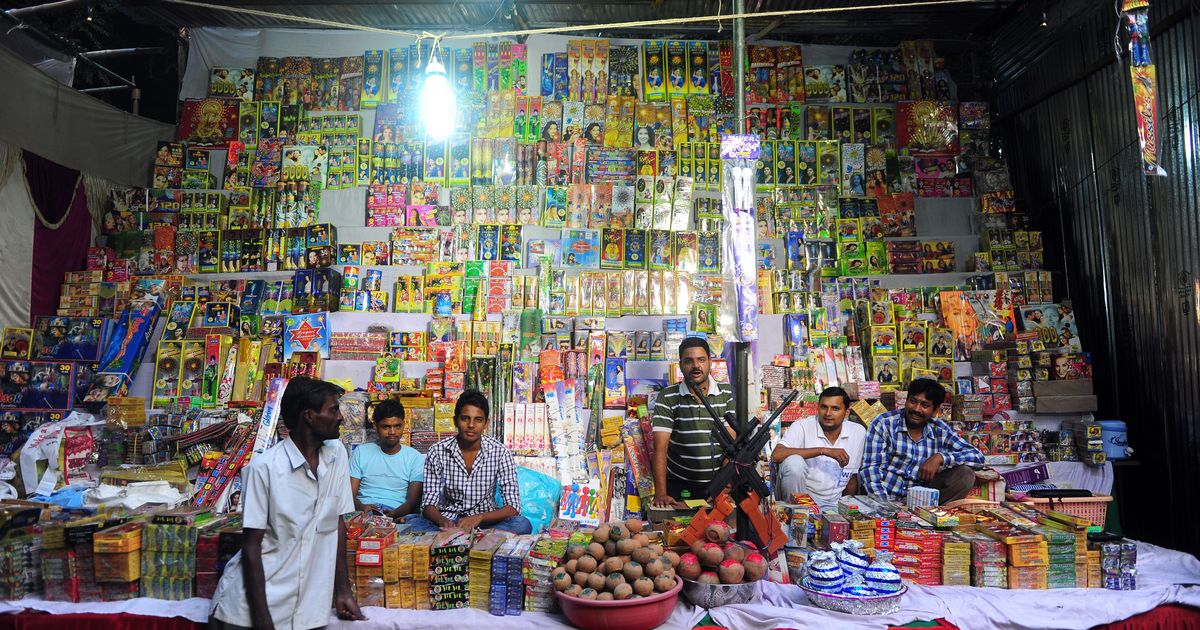 Diwali: Delhi Police arrest 29 people for selling firecrackers