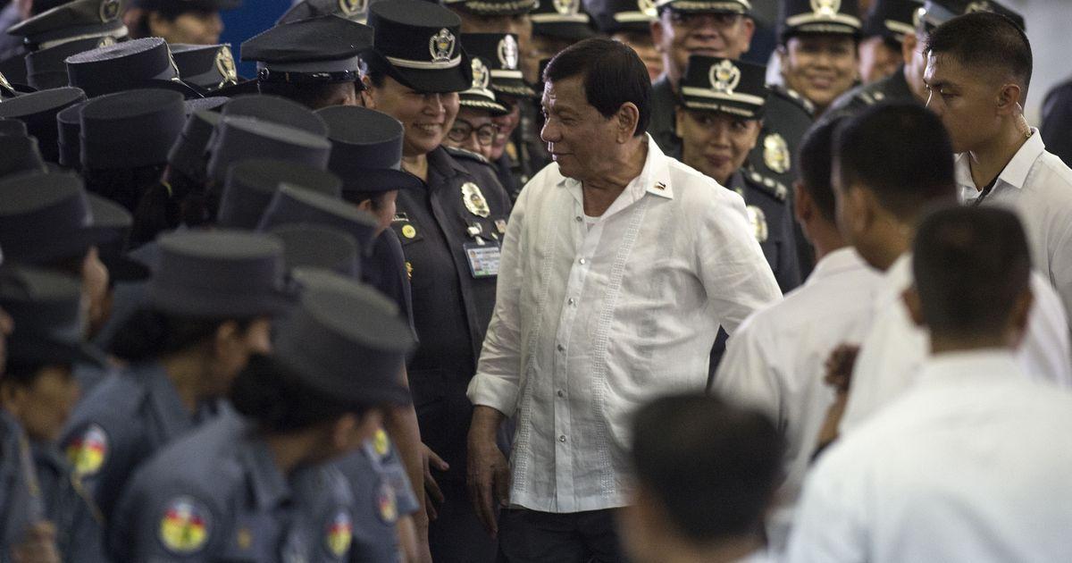 Philippines President Rodrigo Duterte says he will shoot criminals himself in war against drugs