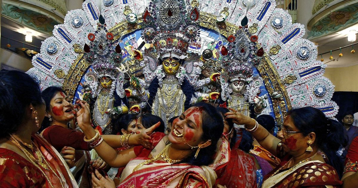 West Bengal: 2 arrested for Facebook posts criticising traffic restrictions in Balurghat during Puja
