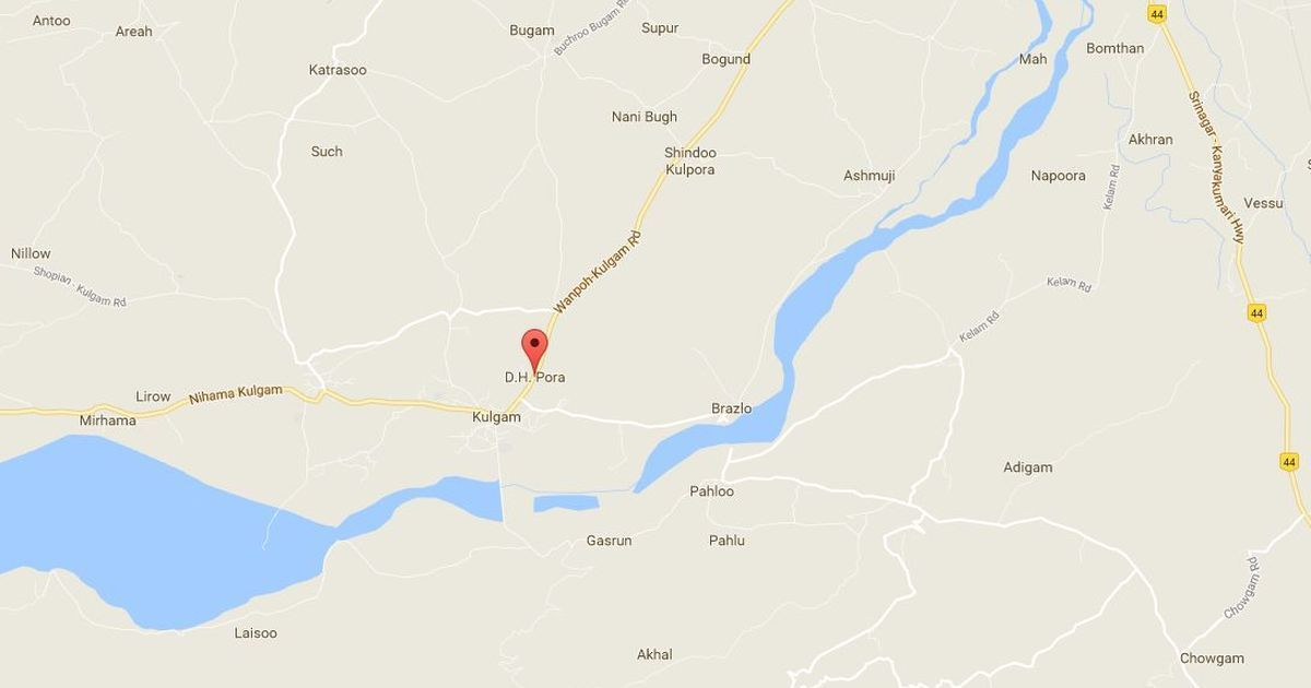 Jammu and Kashmir: Grenade attack leaves three policemen, a civilian injured in Kulgam