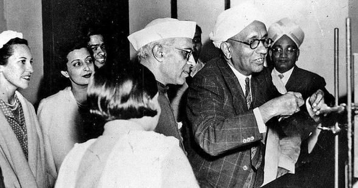 Why Nobel laureate CV Raman resented Nehru (and even took a public swipe at him)