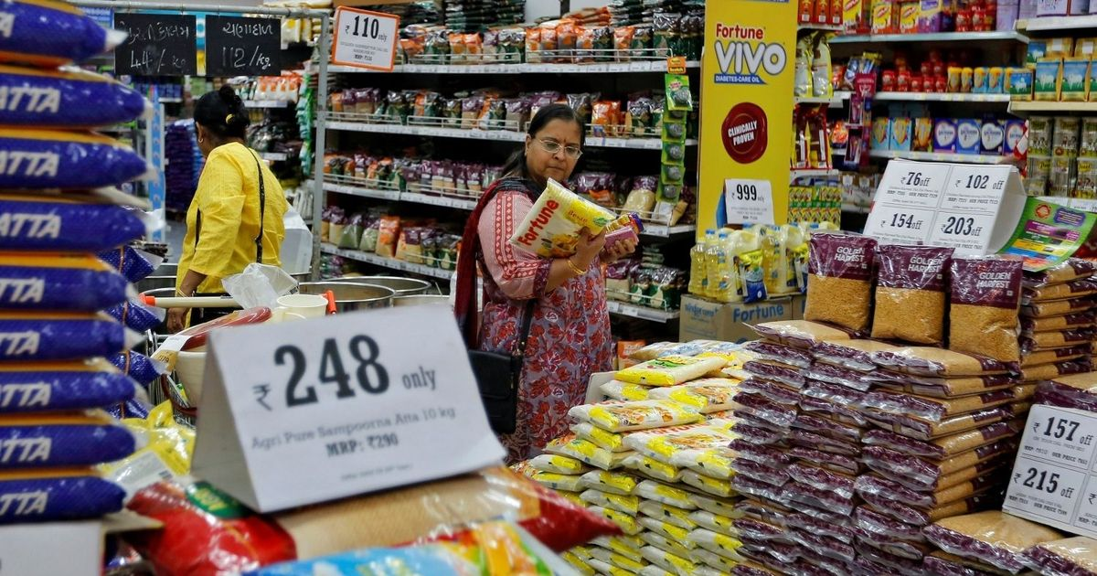 India's e-commerce giants are queuing up to enter the online groceries space