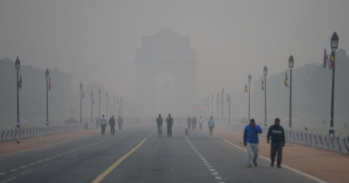 Centre has the powers to tackle Delhi's pollution crisis, but it is passing the buck