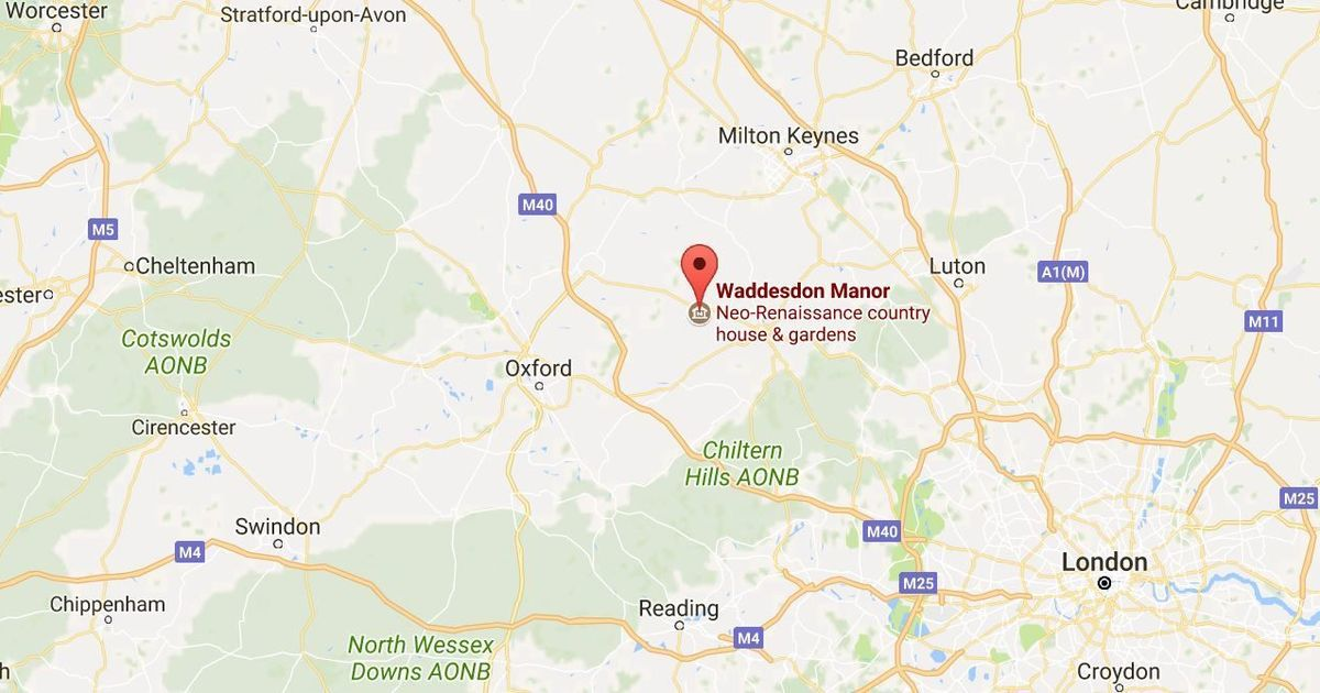 UK: Three feared dead after plane and helicopter crash mid-air in Buckinghamshire