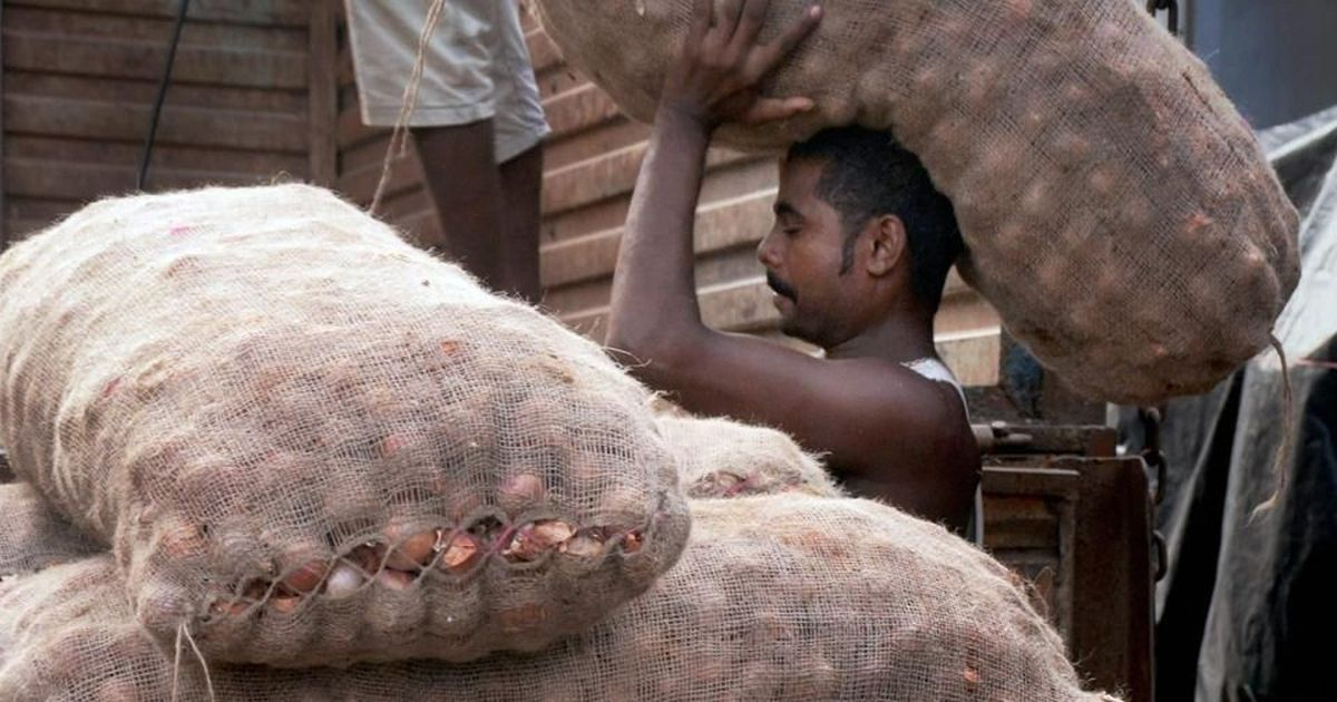 Centre sets minimum export price for onion as prices surge to highest in two years