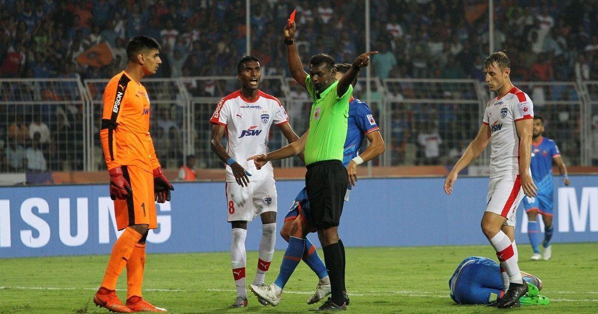Gurpreet's moment of madness, lacklustre Chhetri underline Bengaluru's first ISL defeat