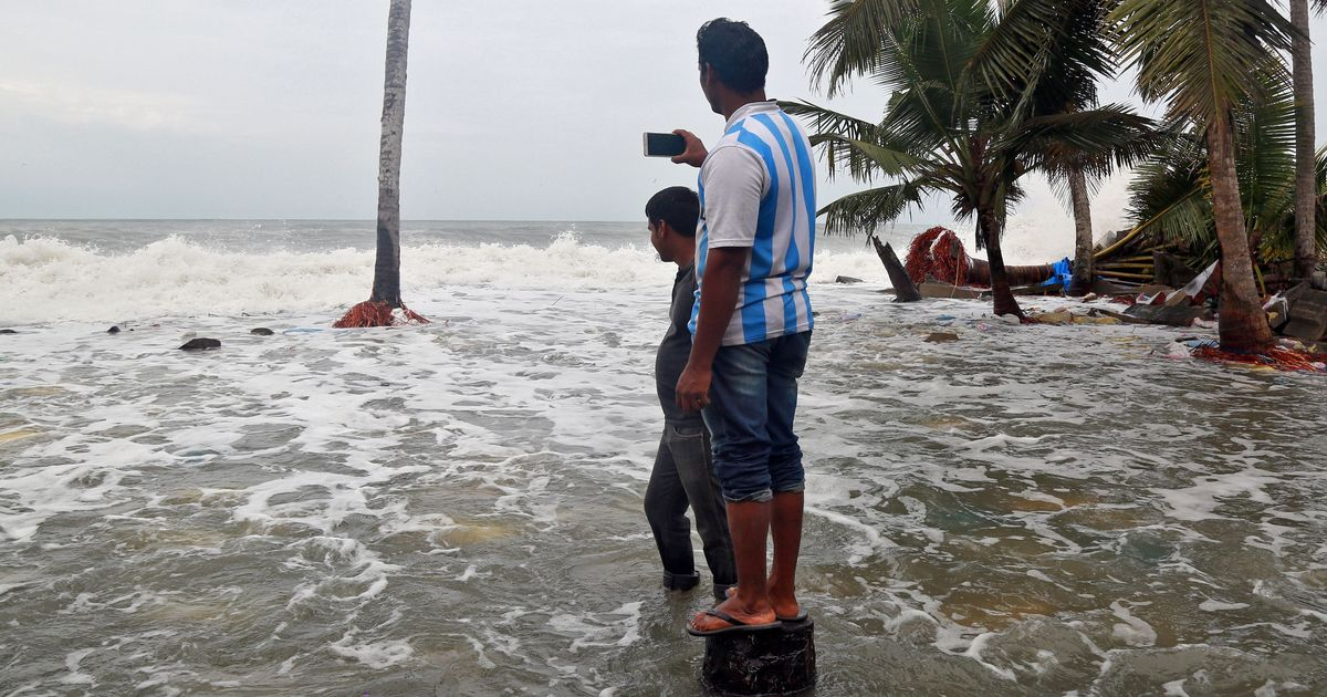 The big news: Maharashtra and Gujarat brace for Cyclone Ockhi, and nine other top stories