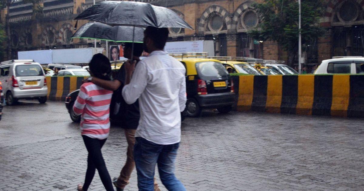 Unseasonal rain in Mumbai as Cyclone Ockhi passes Maharashtra and Gujarat