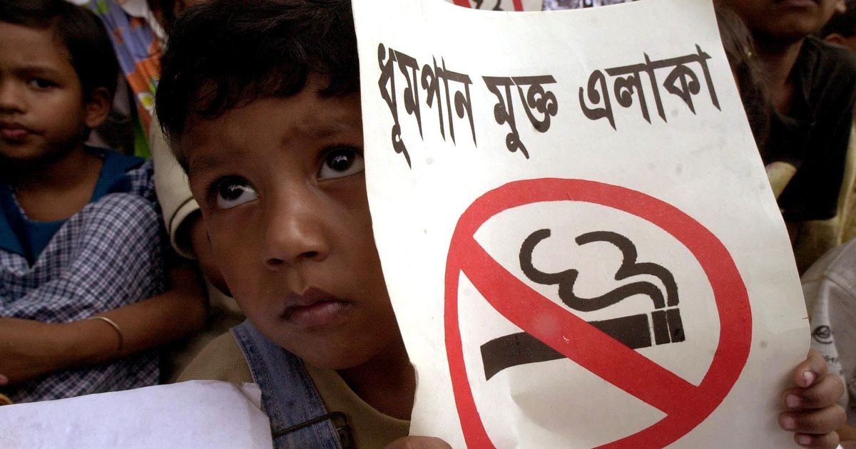 Despite ban on public smoking, nine out of 10 children in Bangladesh are exposed to secondhand smoke