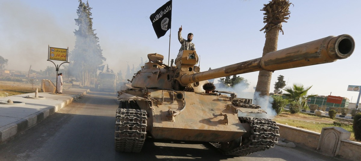 Iraq hangs 38 members of Islamic State and al Qaeda charged with terrorism