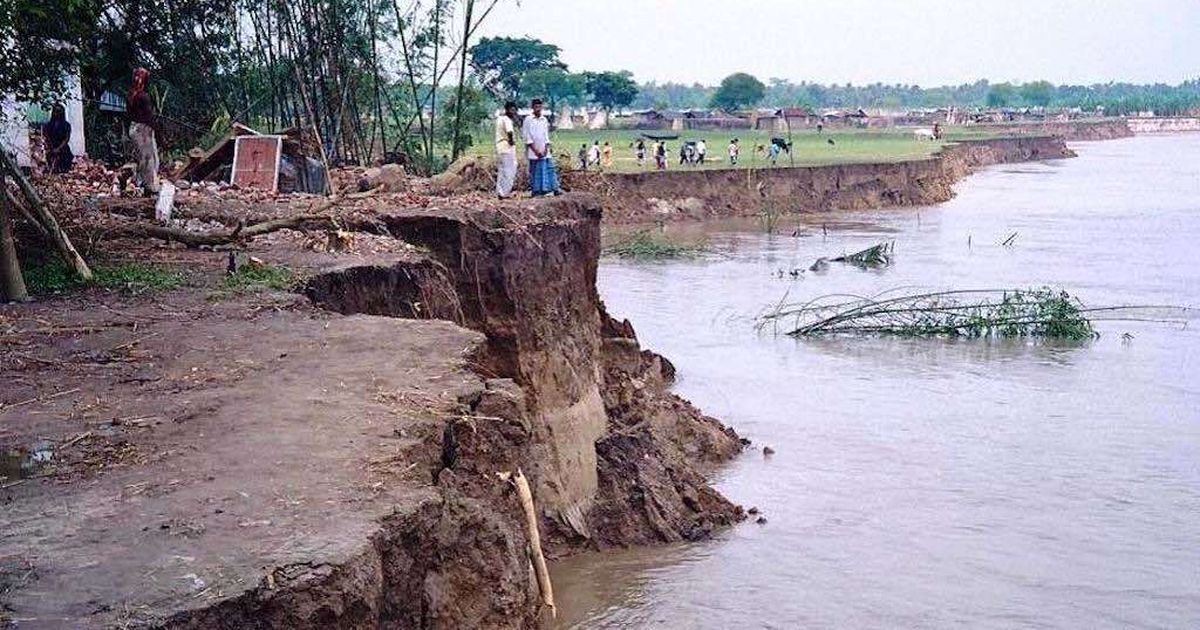 In an agrarian village in West Bengal, river bank erosion has robbed locals of their livelihood