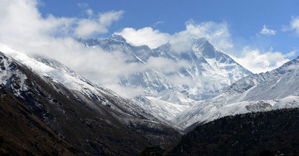 Nepal rejects India's offer to re-measure the height of Mount Everest