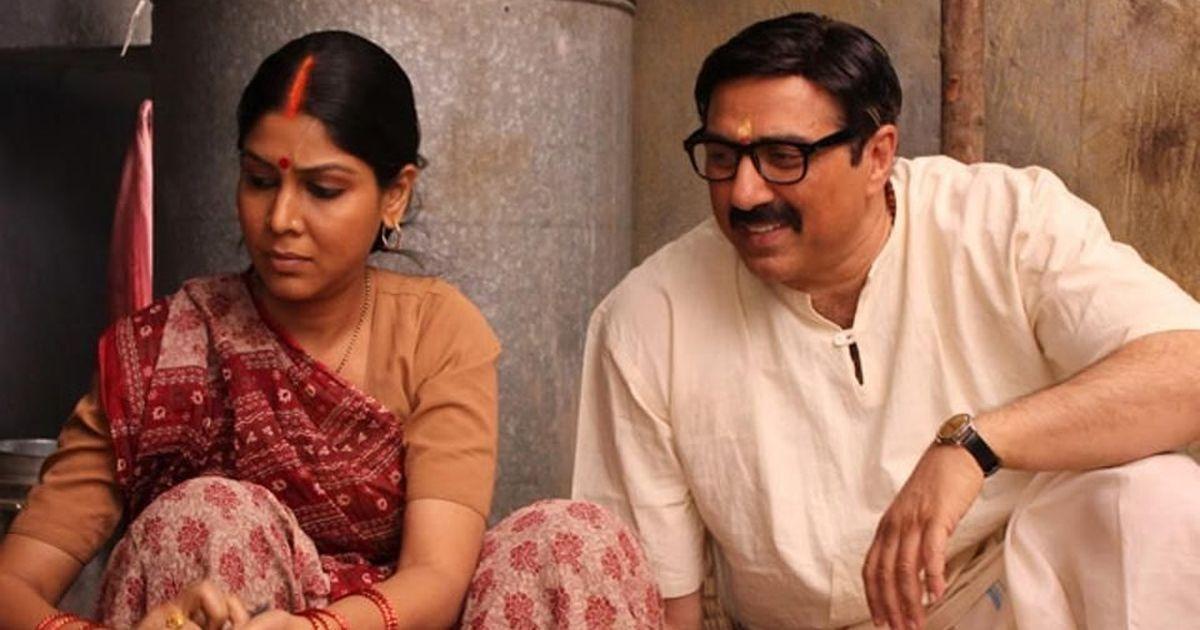 'Mohalla Assi' makers file contempt plea against censor board chief Prasoon Joshi in Delhi HC