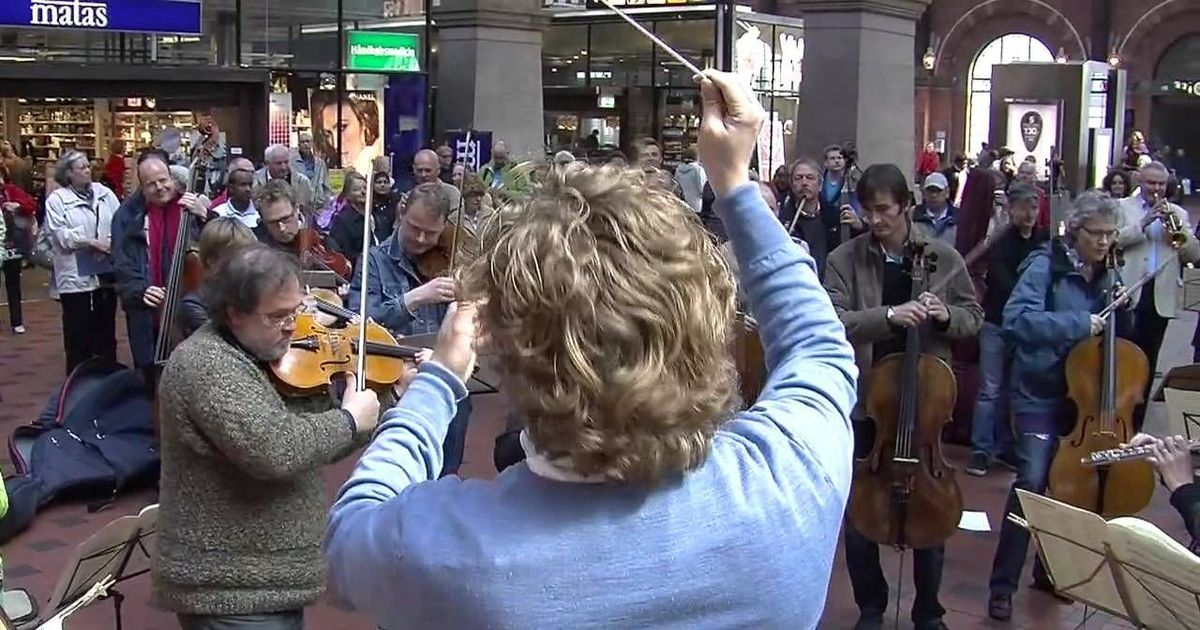 Songs for the New Year: Videos of flash mobs by classical orchestras are like having three espressos
