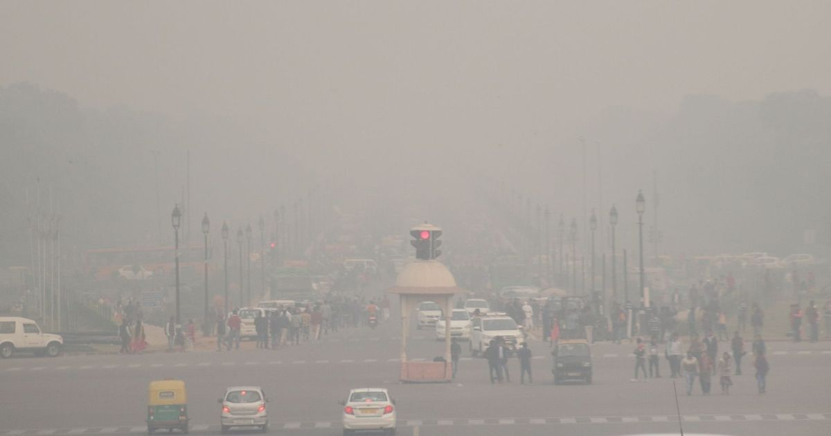 Delhi: Fog affects flight operations for third straight day, Centre says it is monitoring situation