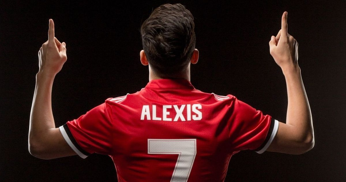 alexis sanchez signs for manchester united from arsenal