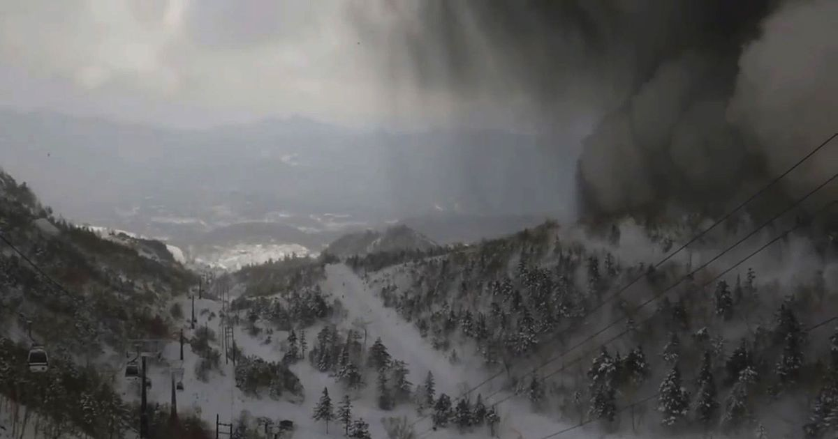 Volcanic eruption at Japan's Mount Kusastu-Shirane kills one, injures 10