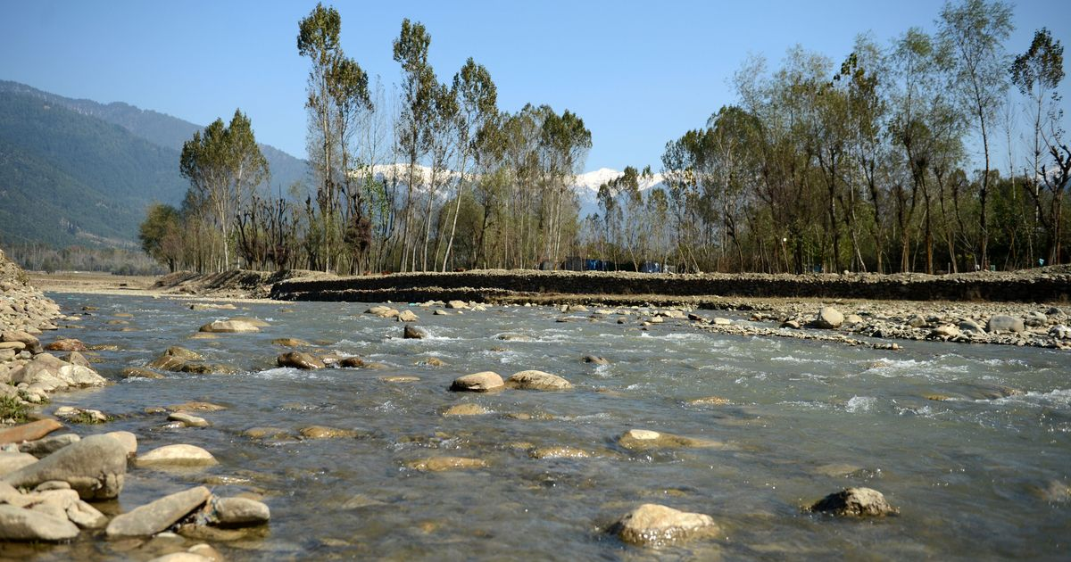 Half the mountain springs in Indian Himalayan region are drying up, warns NITI Aayog: Report