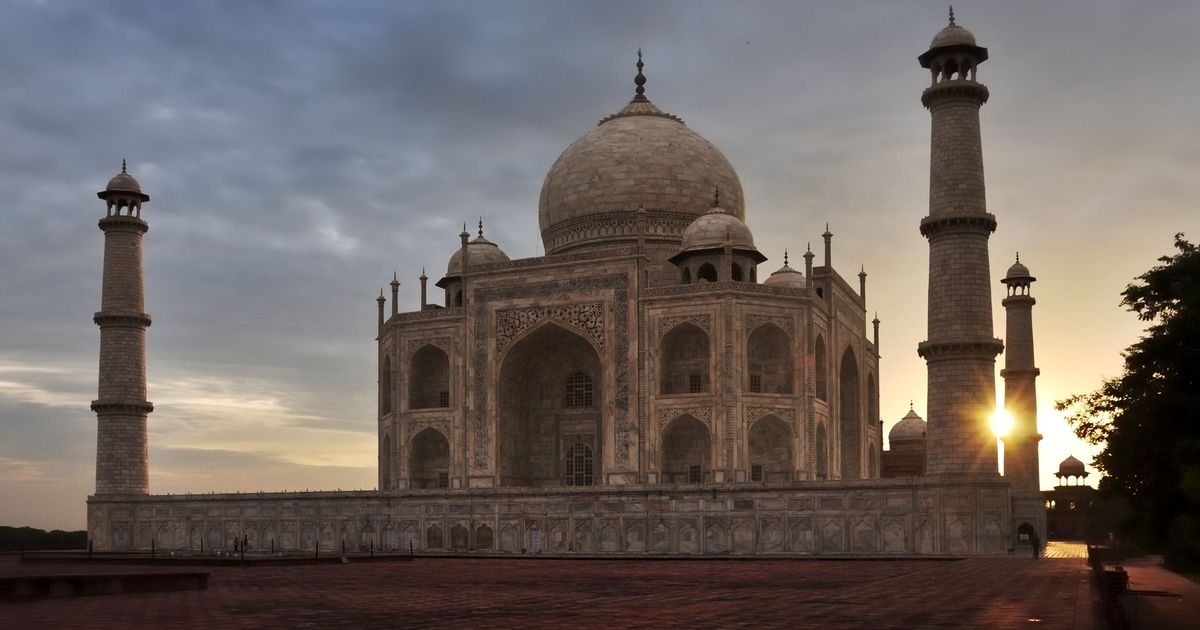 Centre makes visits to Taj Mahal costlier, introduces a fee of Rs 200 to see the main mausoleum