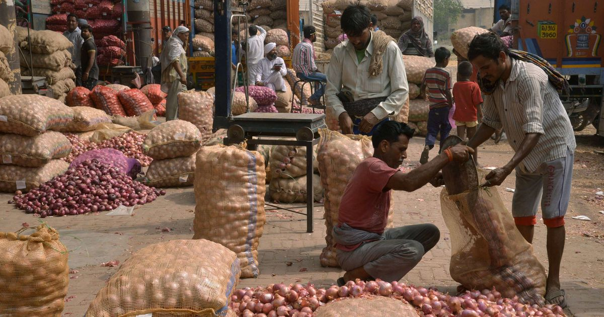 Wholesale inflation slowed in January to 2.84%, shows government data