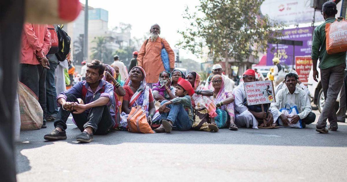 Maharashtra: Nearly 25,000 farmers march from Nashik to Mumbai to demand loan waiver