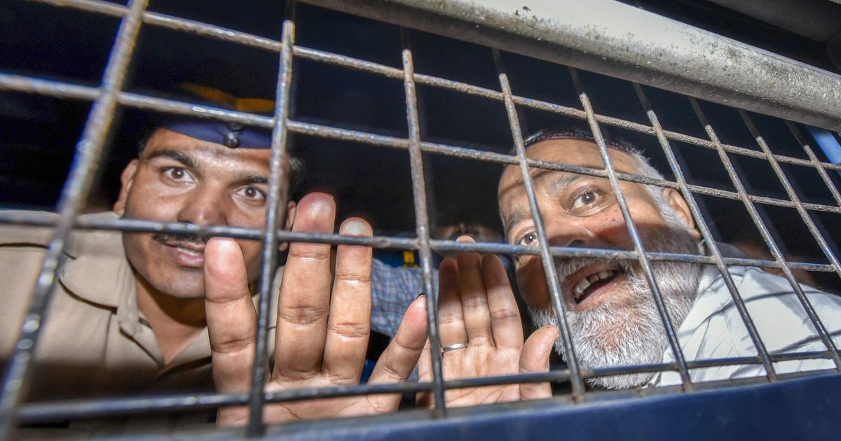 Government is looking into how 1993 Mumbai serial blasts accused Farooq Takla got a passport: MEA