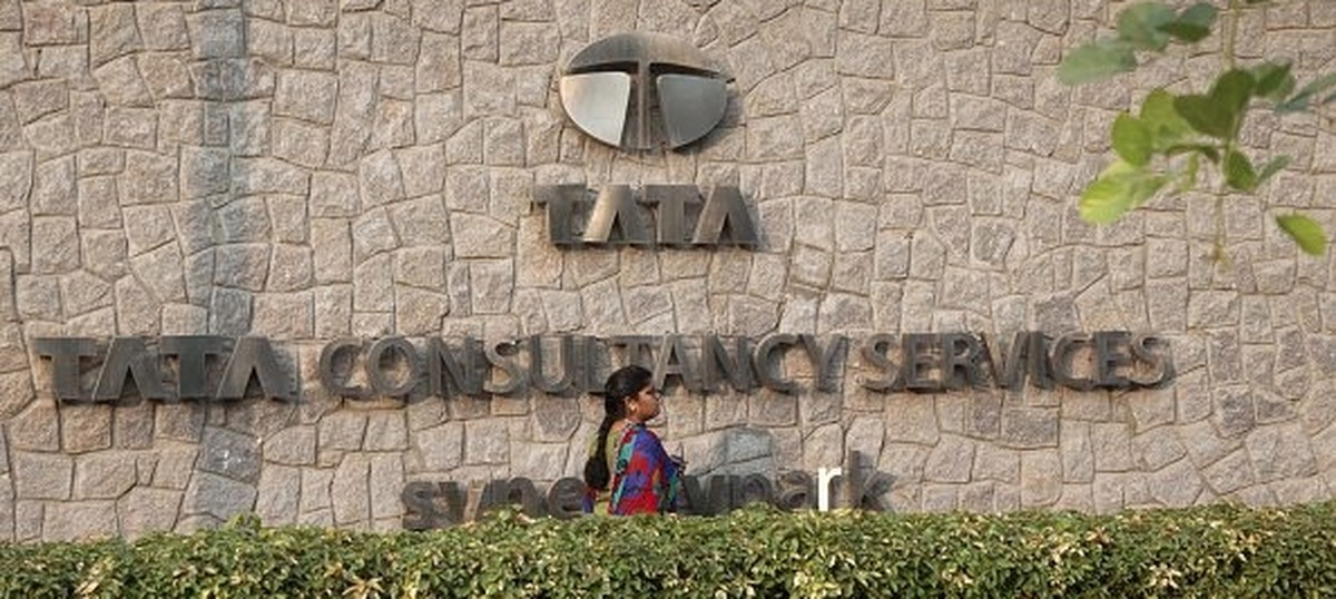 Tata Consultancy Services' shares tumble after reports claim Tata Sons may sell 1.5% stake in it