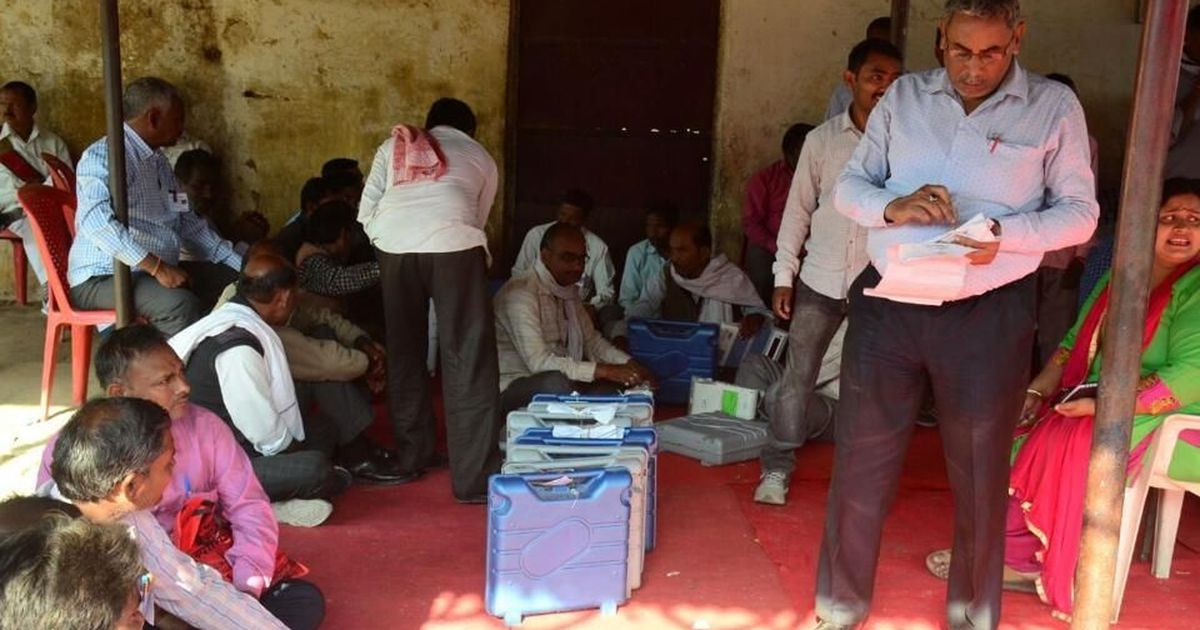 The big news: Samajwadi Party leads in Gorakhpur bye-poll, and nine other top stories