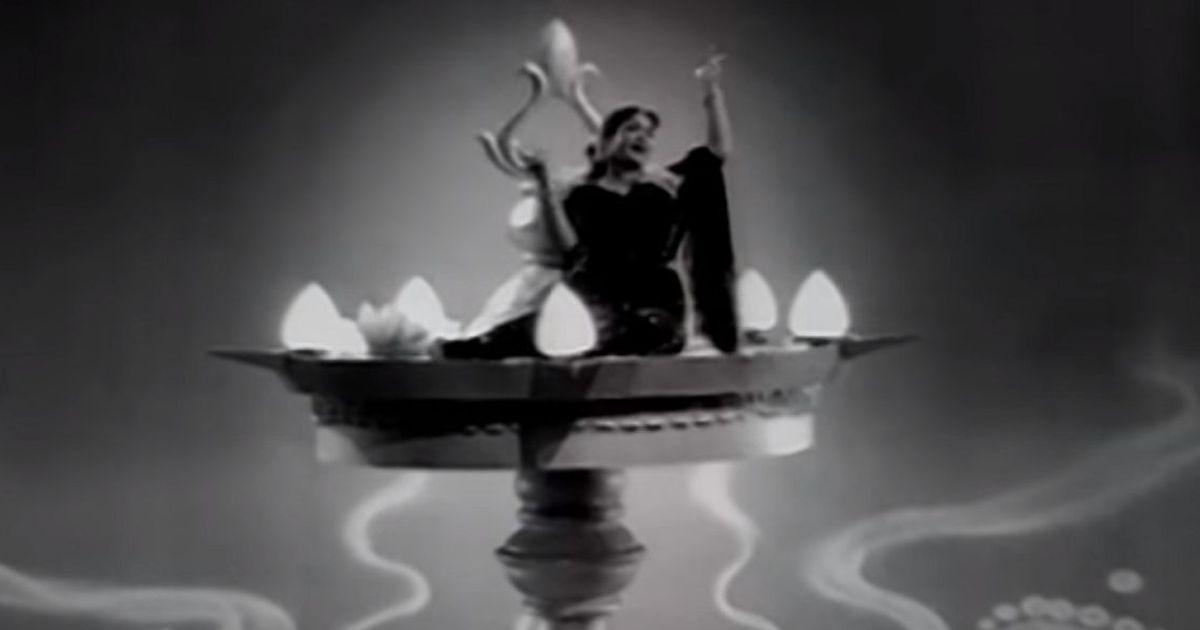 Picture the song: See Savitri-Gemini Ganesan's outsized chemistry in 'Maiyendhum Vizhiyaada'