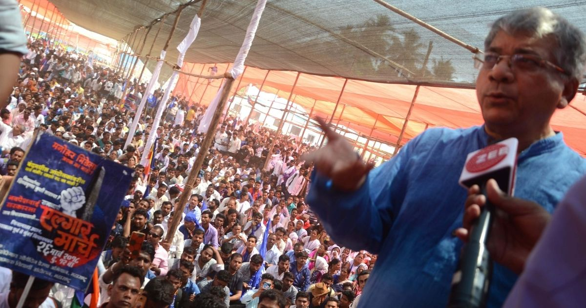 Bhima-Koregaon violence: Prakash Ambedkar meets Maharastra CM after Dalit protest in Mumbai