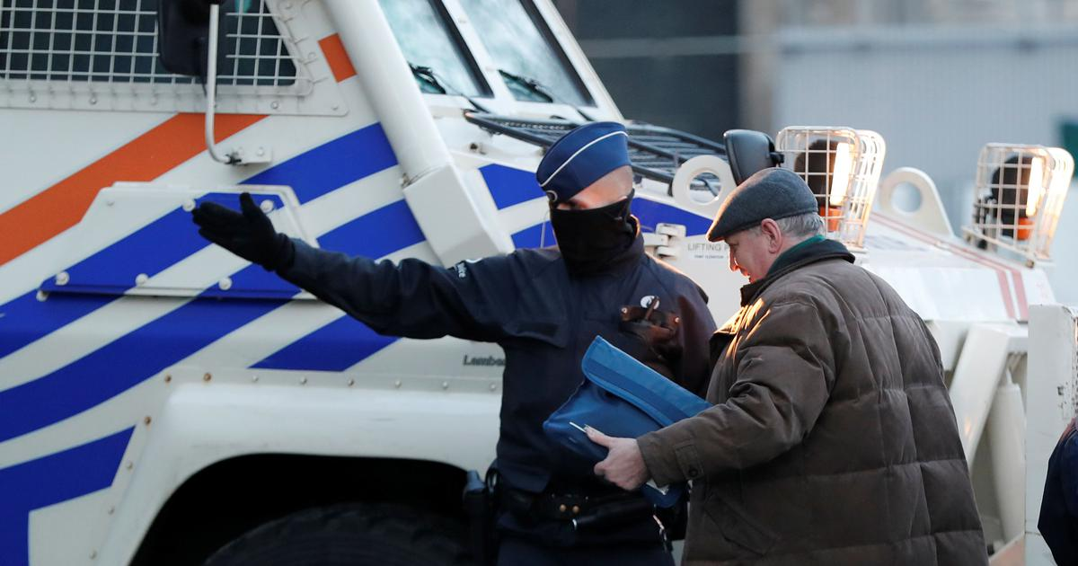 Belgium: Two-year-old Kurdish girl dies after police chase van carrying migrants
