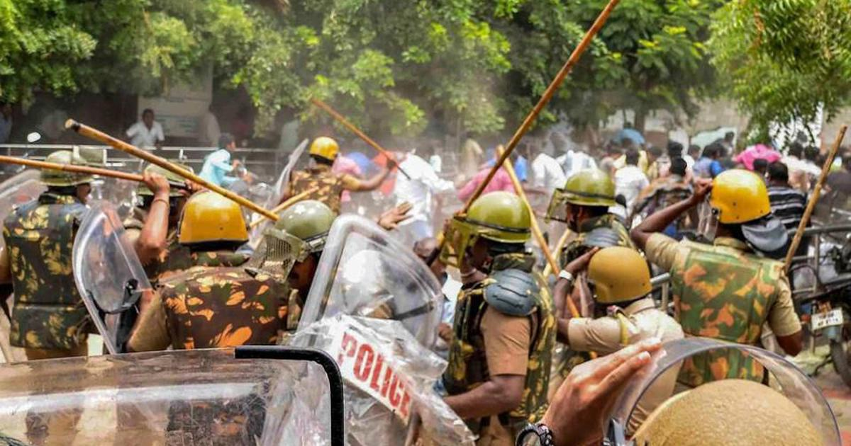 Thoothukudi deaths: Deputy tehsildars ordered police firing at protestors, show FIRs
