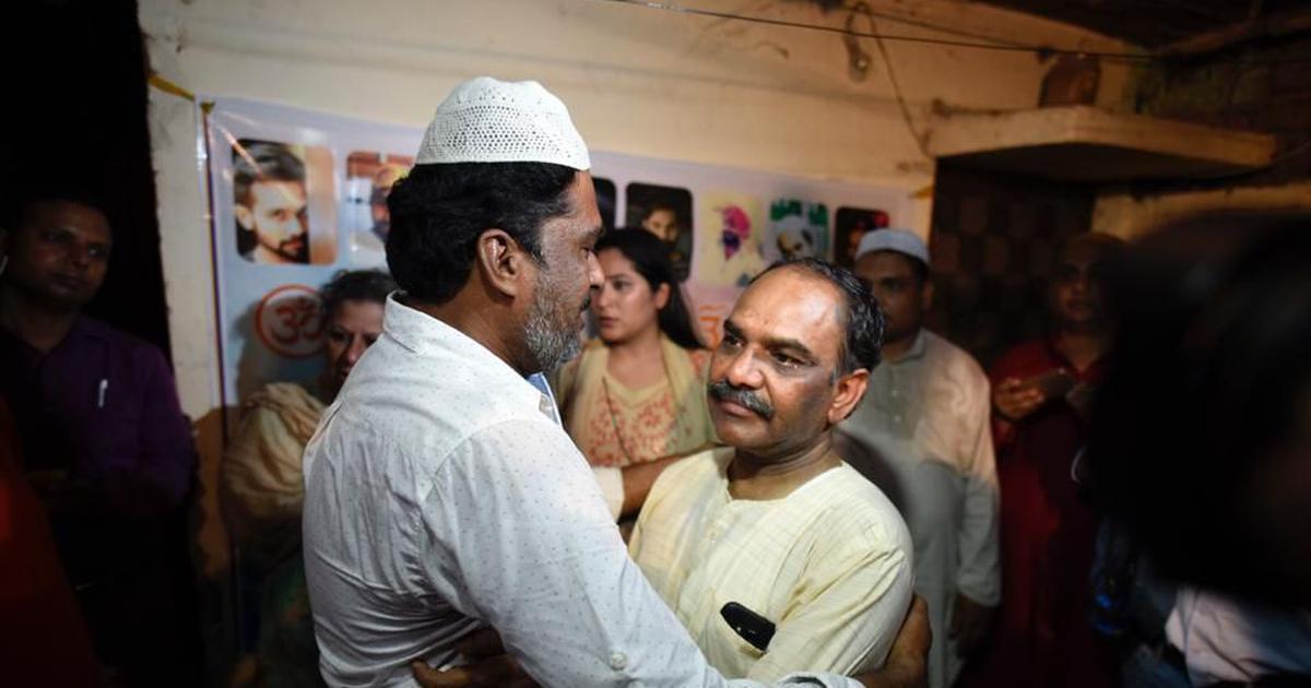 Delhi: 'Honour killing' victim Ankit Saxena's family hosts Iftar party