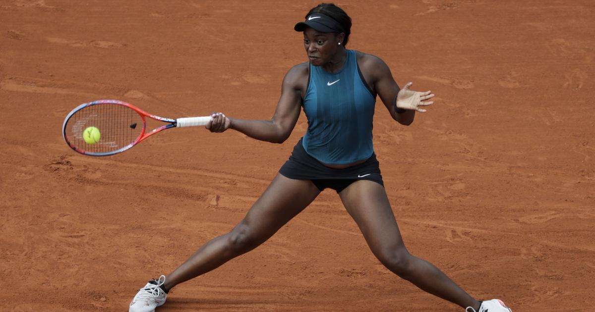 Sloane Stephens overpowers Kasatkina to set up  semi-final with fellow American Keys