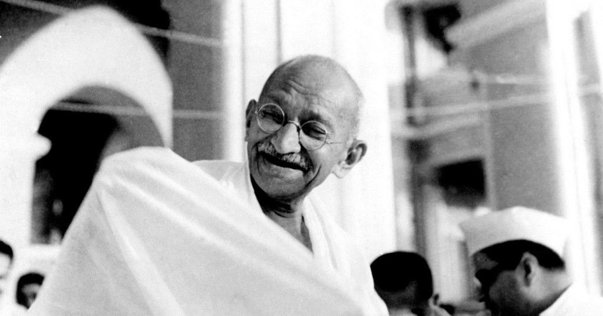 RSS deceived Mahatma Gandhi in 1947. Will it do any better by Pranab Mukherjee?
