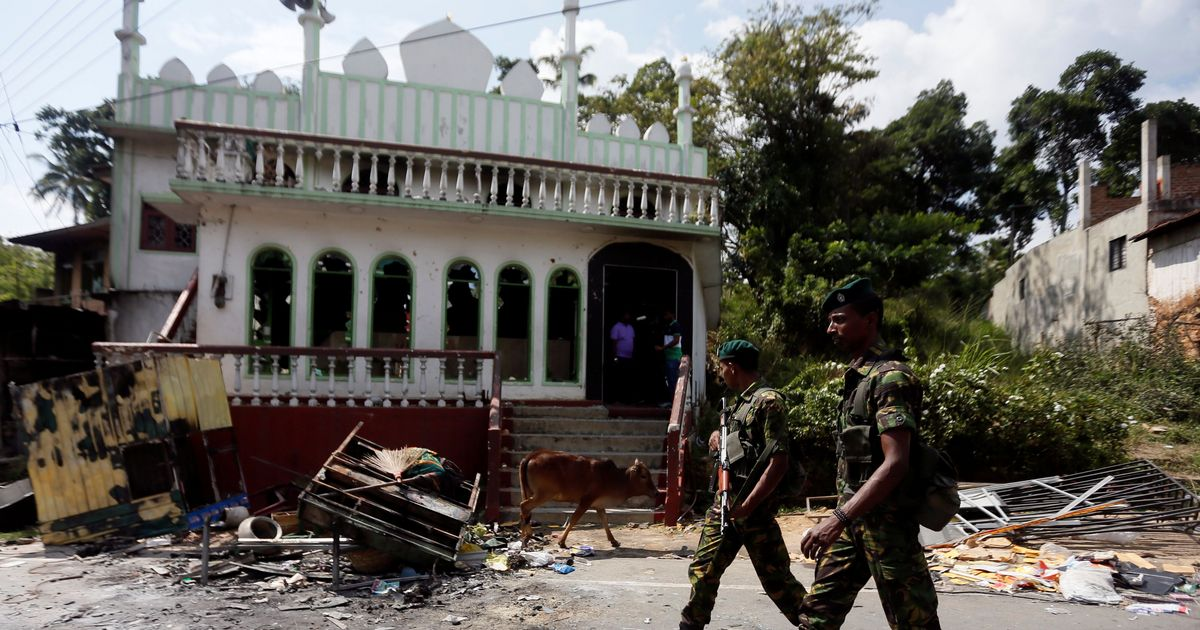Sri Lanka: Facebook trains employees in Sinhala to help identify inflammatory content