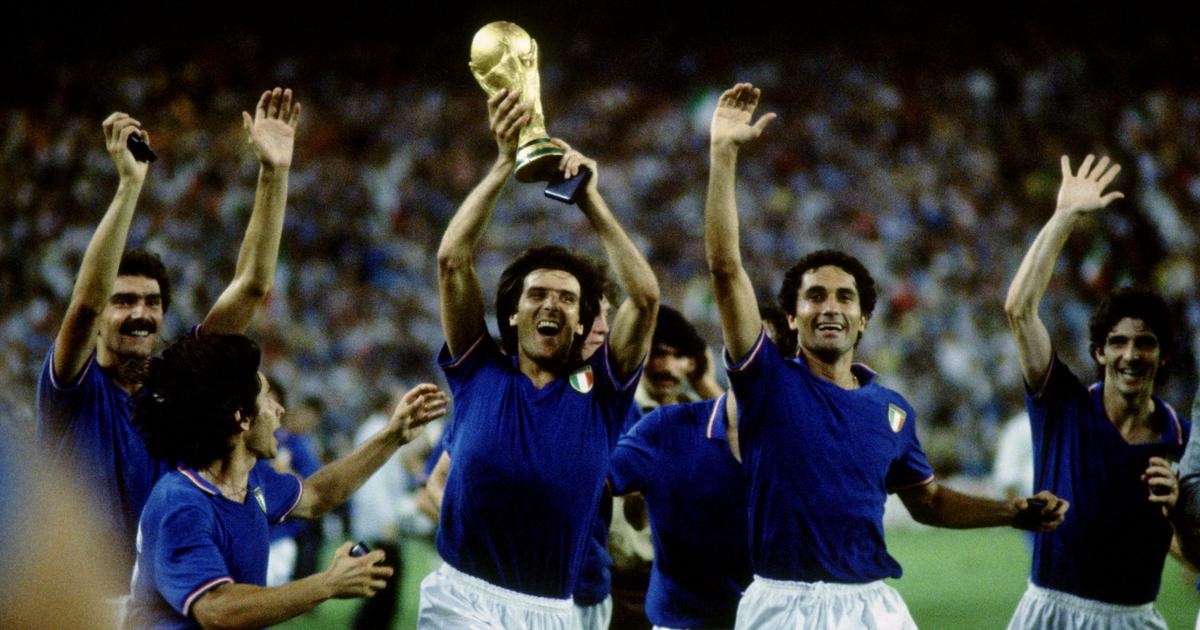 Italy 1982 World Cup Winners Team Celebrating Poster