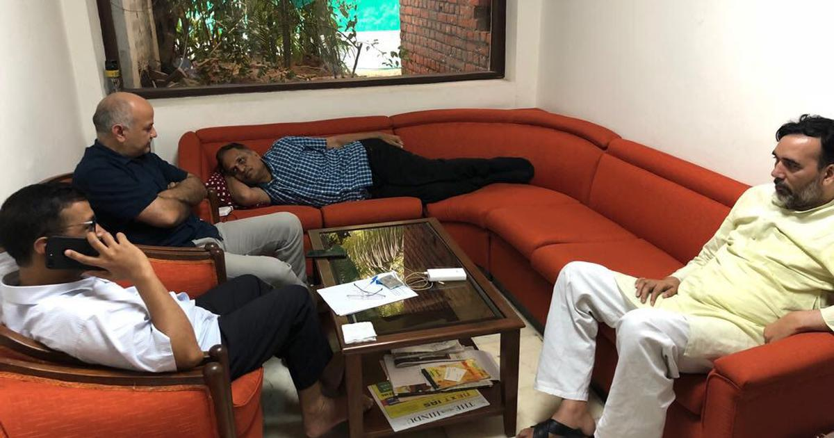 Delhi: Manish Sisodia begins hunger strike as AAP ministers' sit-in at LG's office enters third day
