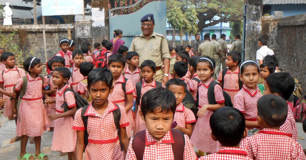 West Bengal, Andhra Pradesh governments order schools to shut down due to heat wave conditions