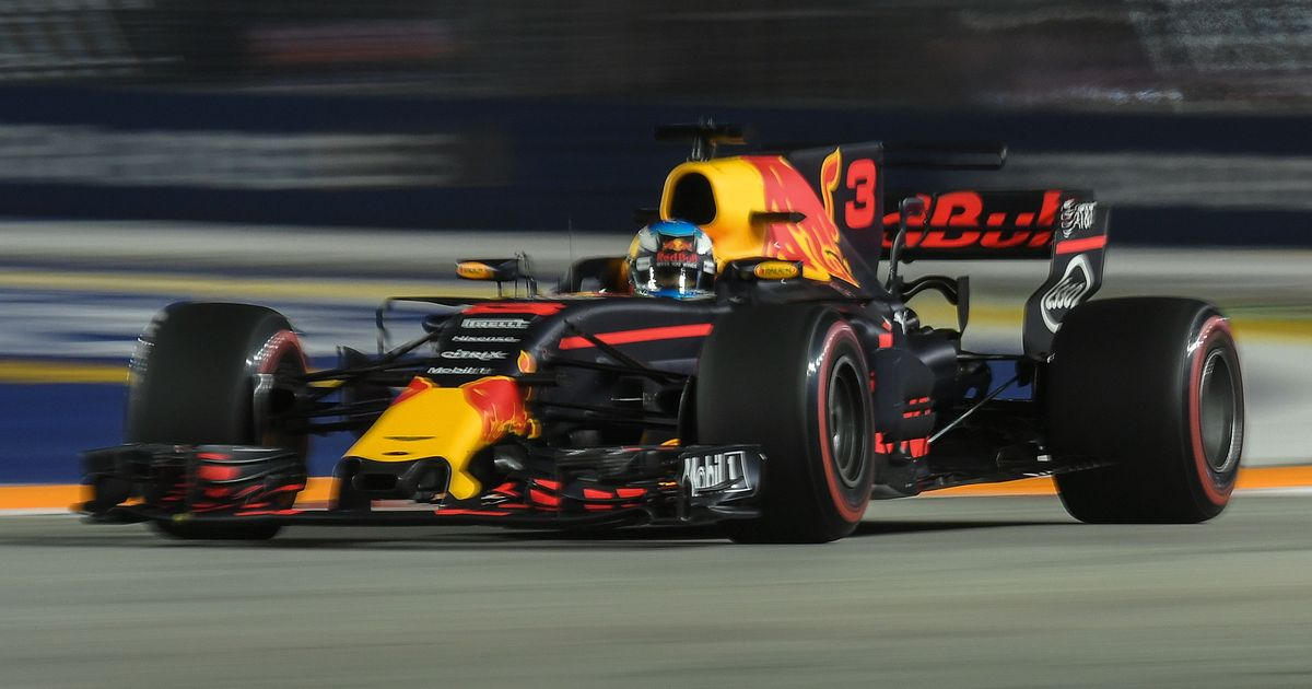 Red Bull to split with Renault, will use Honda engines from 2019 Formula One season