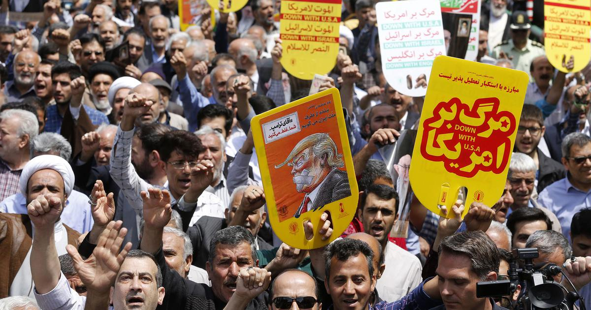 Iran bans import of nearly 1,350 products, merchants protest as rial's free fall continues