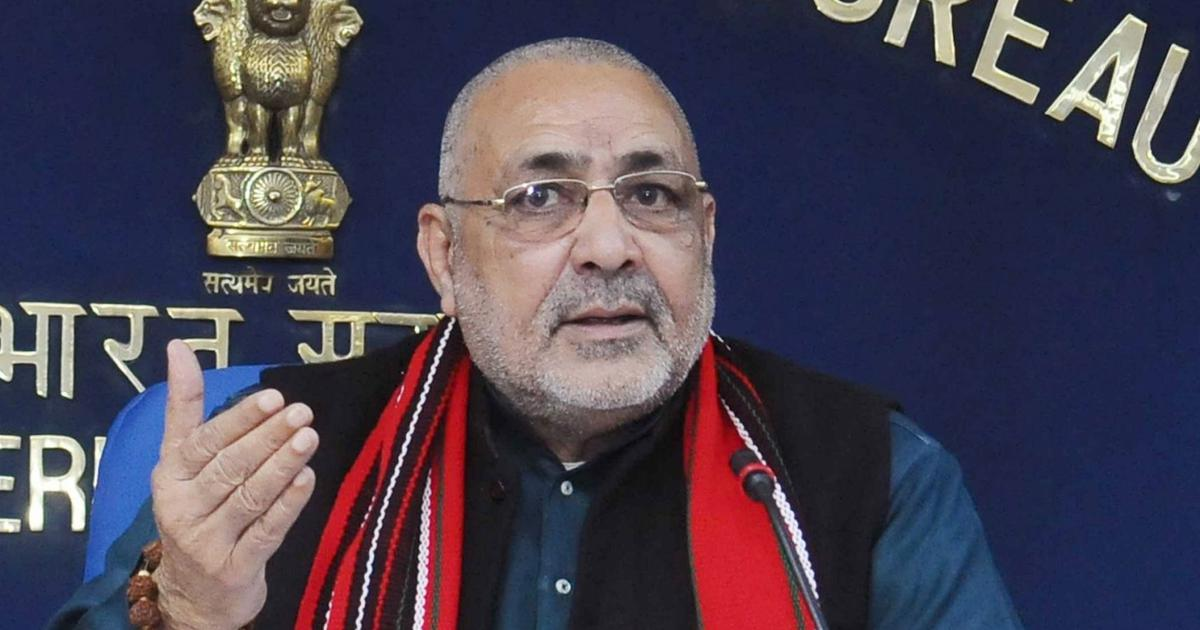 Bihar: Union minister Giriraj Singh meets VHP, Bajrang Dal leaders in Nawada jail