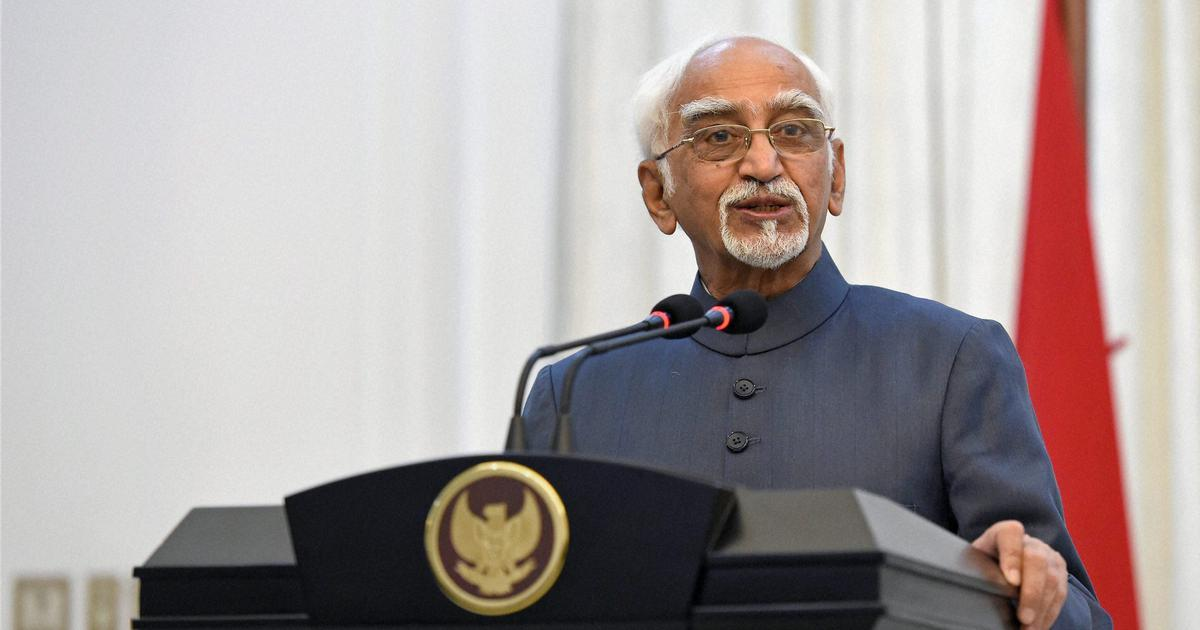 Narendra Modi's remarks at my farewell function were seen as a departure from the norm: Hamid Ansari