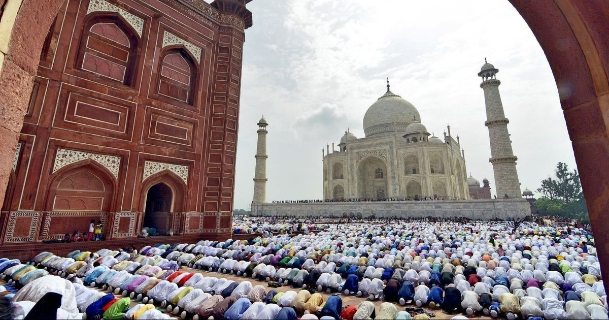 Only Agra residents allowed to offer namaz inside Taj Mahal complex, rules Supreme Court