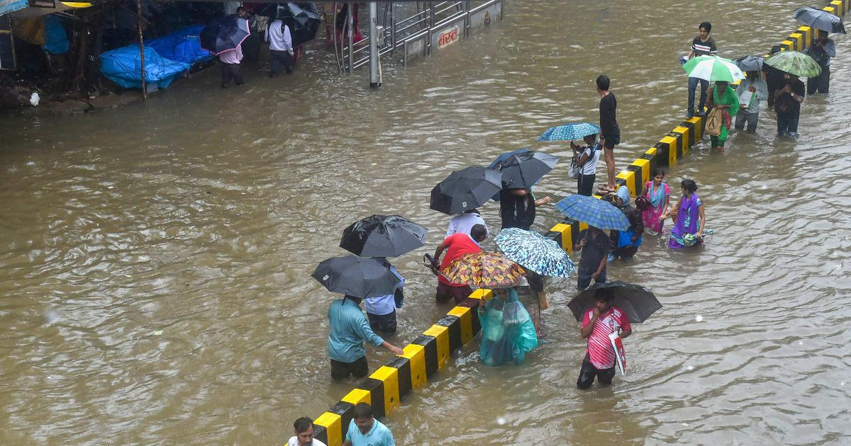 The big news: NDRF rescues stranded passengers as heavy rain lashes Mumbai, and 9 other top stories