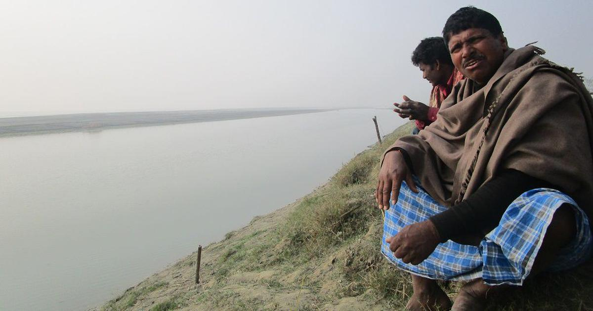 In a Bihar village, residents have to keep relocating to avoid being swallowed by the Gandak river