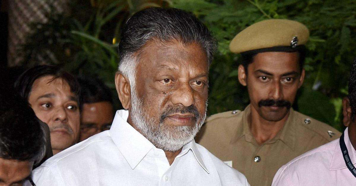 Tamil Nadu Deputy CM Panneerselvam flies to Delhi to meet defence minister, but isn't allowed to